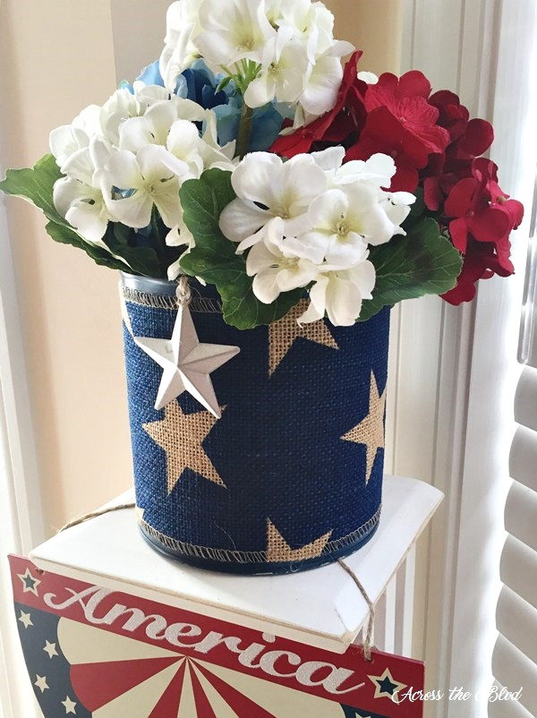 Patriotic-Decor-Across-the-Blvd
