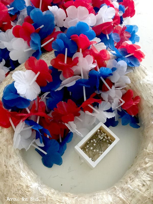 Patriotic Wreath with Dollar Store Leis supplies