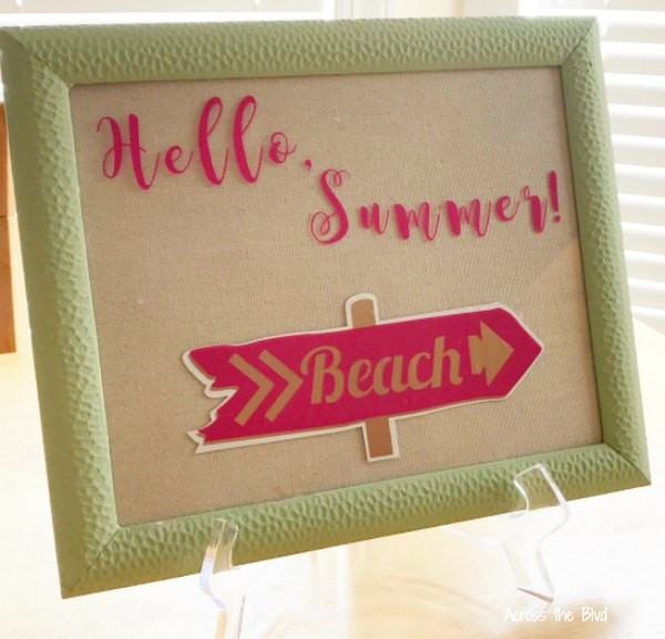 Hello Summer Sign Using Vinyl