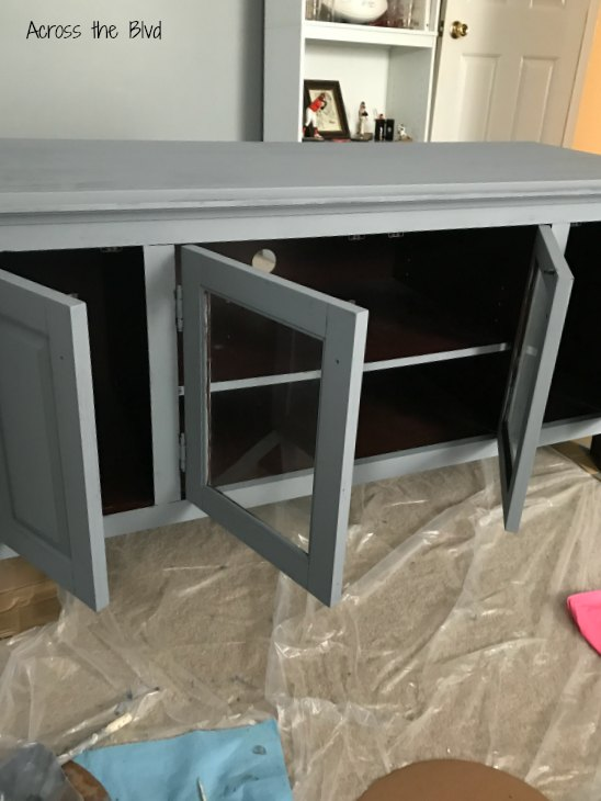 TV Console Makeover primed