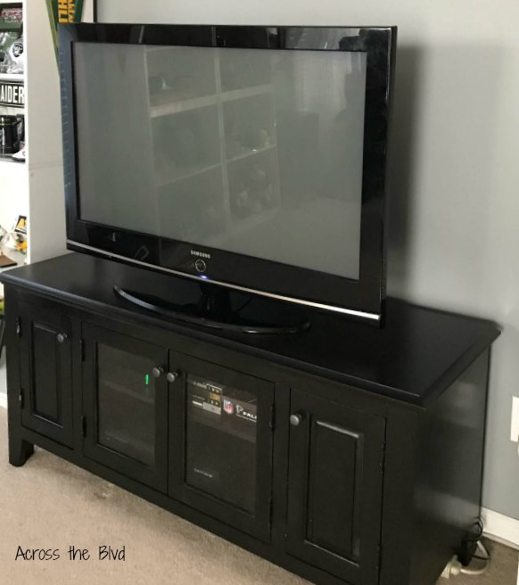 TV Console Makeover Across the Blvd