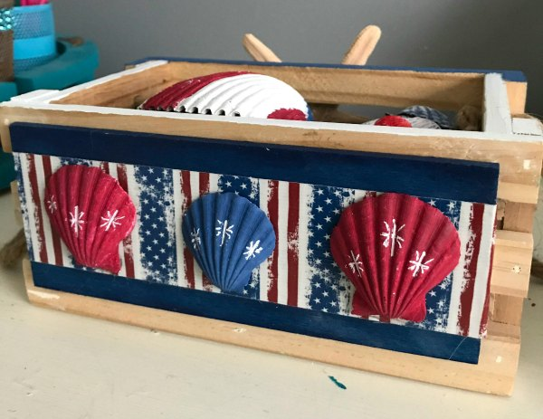 Coastal Patriotic Centerpiece with shells