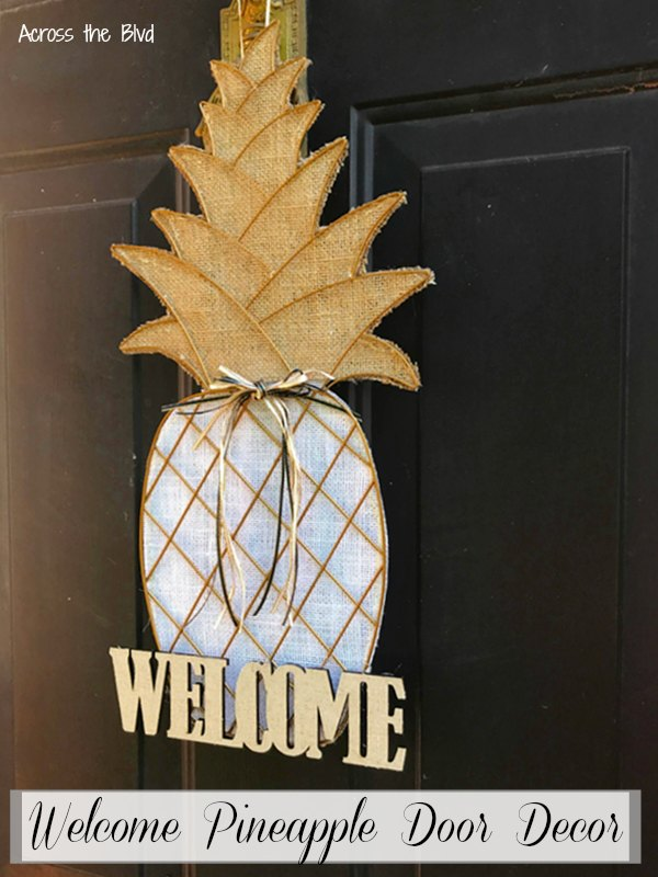 Welcome Pineapple Door Decor