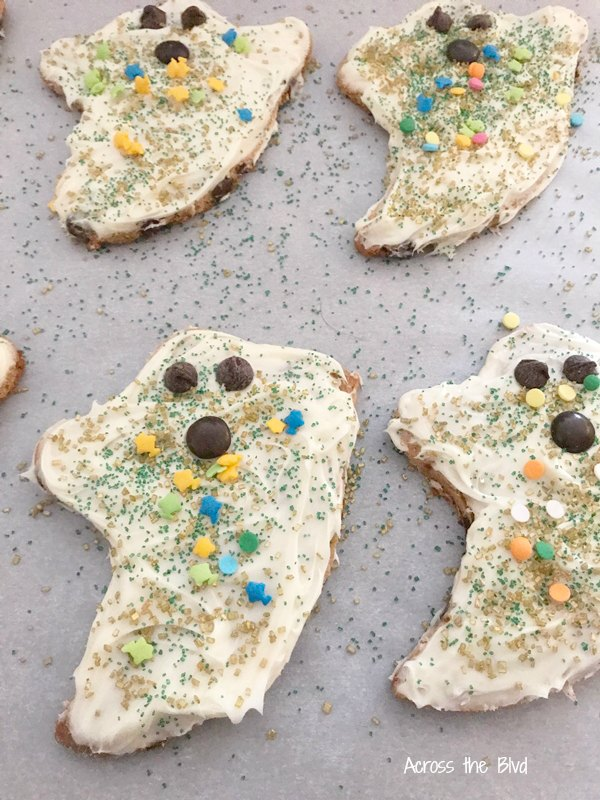 Easy Halloween Ghost Cookies with Sprinkles