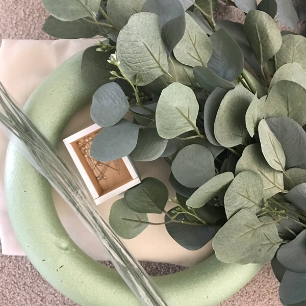 eucalyptus stems, foam wreath, floral stems