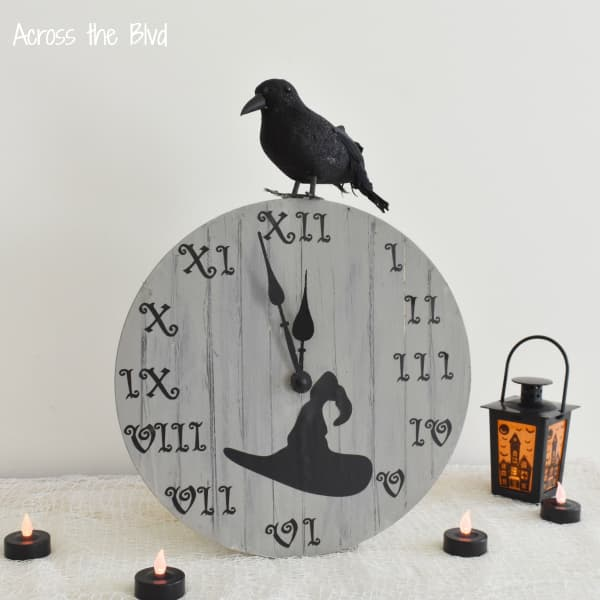 Halloween Clock Decor